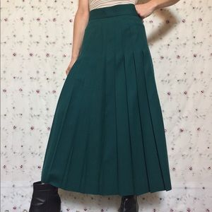 Vintage Talbots Emerald Pleated Midi Skirt